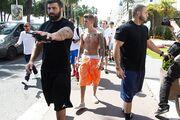Κάννες 2014: Γυμνός στους δρόμους ο Justin Bieber!
