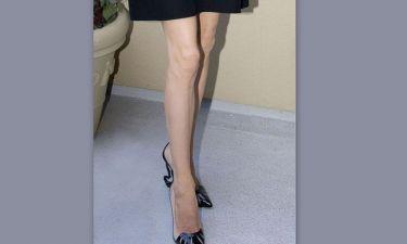 Σοκ! Ανησυχητικά σκελετωμένη η Angelina Jolie!