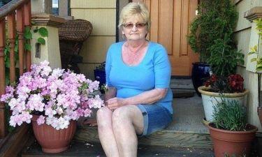 Τραγική φιγούρα η μητέρα της Πάμελα Άντερσον: «Ραγίζει η καρδιά μου, δεν μου είπε για τους βιασμούς»