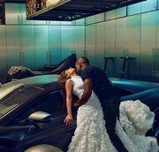 Η γαμήλια φωτό Kardashian-West που σαρώνει στο διαδίκτυο