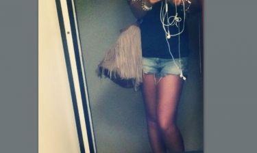 Μια selfie φωτογραφία πριν τη νυχτερινή της έξοδο!