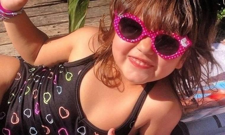 Ποια σέξι Ελληνίδα μανά έχει αυτή τη κούκλα κόρη; (Nassos blog)