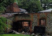 Κάηκε το σπίτι της Claudia Schiffer (φωτό)