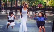 Mariah Carrey: Με ολόλευκή τουαλέτα στην παιδική χαρά!