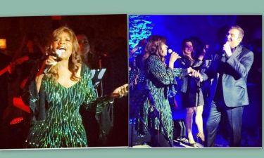 H Gloria Gaynor τραγουδά με τον Ρέμο