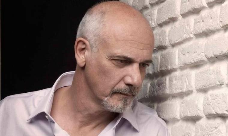 Γιώργος Κιμούλης: «Όσο μεγαλώνεις, ο έρωτας γίνεται αφήγημα»