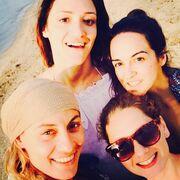 Ελεονώρα Μελέτη: Τριήμερο με τις φίλες της στα Κύθηρα