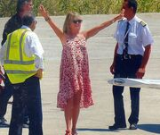 Γκόλντι Χόουλ – Κέρτ Ράσελ: Στη Σκιάθο με lear jet!