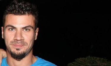 Άκης Πετρετζίκης: «Δεν είμαι ζαμάν φου, ζορίζομαι»