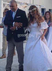 Δείτε τη Δέσποινα Καμπούρη νύφη! (φωτό)