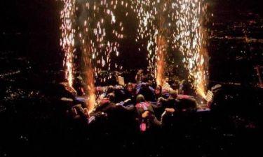 Λάτρεις της αδρεναλίνης έγιναν ανθρώπινα... πυροτεχνήματα! (pics+video)