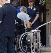 Σε αναπηρικό καροτσάκι ο… (φωτό)
