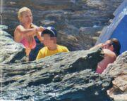 Η Ελένη, ο Ματέο και τα τρυφερά χάδια στην παραλία