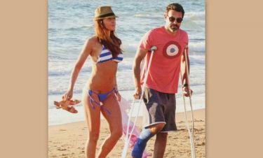 Ιωσήφ Μαρινάκης: Με τις πατερίτσες στην… παραλία