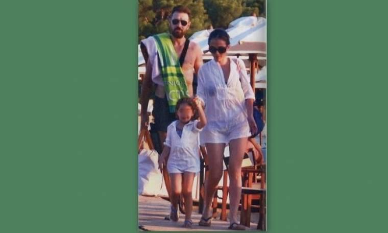 Παπαγιάννης- Δαλιάνη: Στην Σίφνο με την κόρη τους