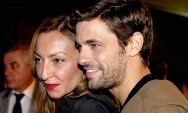 Ο Αποστόλης Τότσικας έκανε πρόταση γάμου στην Ρούλα Ρέβη: Δείτε την τρυφερή photo!