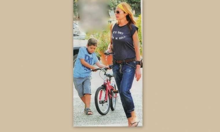 Τζένη Μπαλατσινού: Αγόρασε ποδήλατο στον γιο της