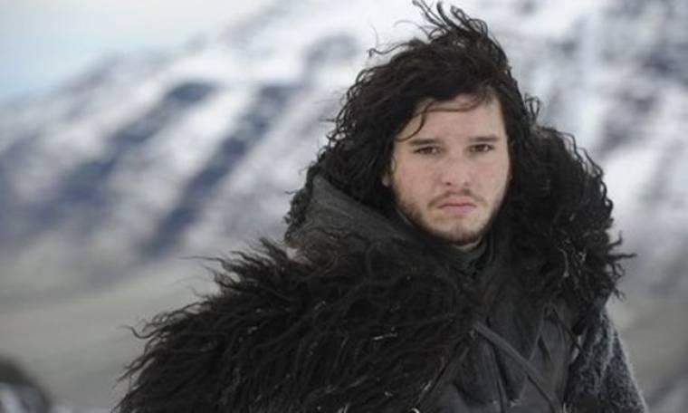 Ο γοητευτικός πρωταγωνιστής του «Game Of Thrones» ποζάρει και… αναστατώνει!