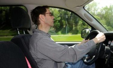 Μας συμβαίνει ασυναίσθητα στο τιμόνι και... οδηγεί στον θάνατο