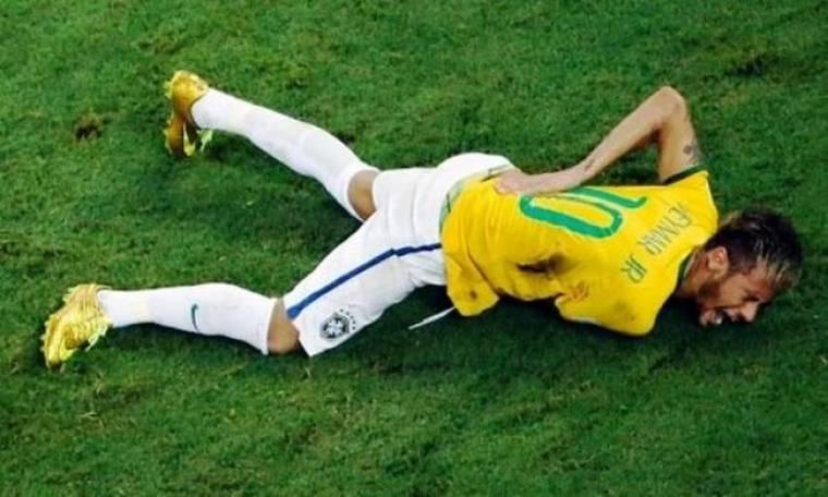 Παγκόσμιο Κύπελλο ποδοσφαίρου 2014 – Προημιτελικοί: Σε αναπηρικό καροτσάκι ο Νεϊμάρ (video)