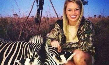 ΗΠΑ: Σάλος με τη σέξι τσιρλίντερ που σκοτώνει σπάνια άγρια ζώα! (photos)