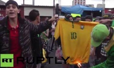 Παγκόσμιο Κύπελλο Ποδοσφαίρου - Ημιτελικοί: Έκαψαν τη φανέλα του Νεϊμάρ (video)