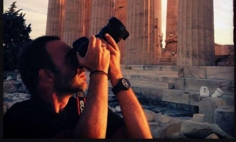 Κίνηση ανθρωπιάς. Ο Αλιάγας πουλάει καρτ ποστάλ για να χρηματοδοτήσει ασθενοφόρα στην Ελλάδα