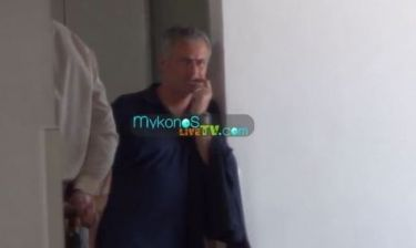 Μουρίνιο: Ο απίστευτος εκνευρισμός του στο αεροδρόμιο κατά την αναχώρησή του από την Μύκονο
