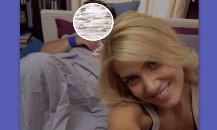 Η selfie της Παπαβασιλείου στο κρεβάτι με τον….