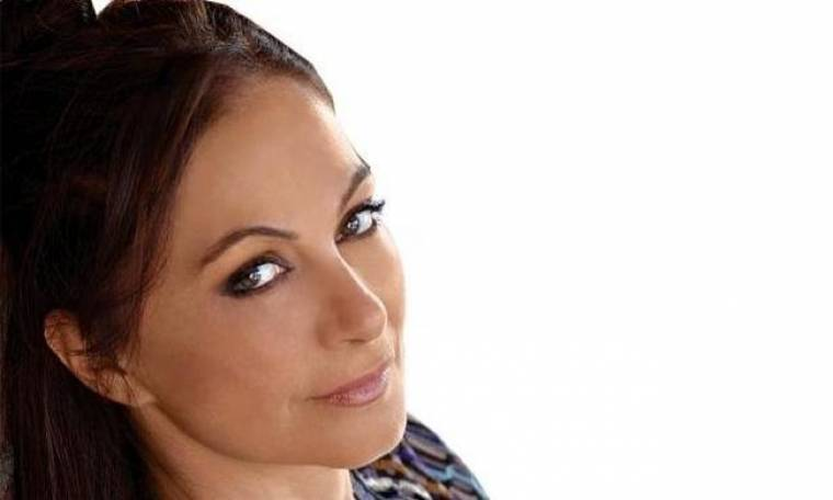 Φιλαρέτη Κομνηνού: «Το κοινό έχει αποδείξει ότι κινείται κατά προσέγγιση, με ένα καλό ένστικτο»