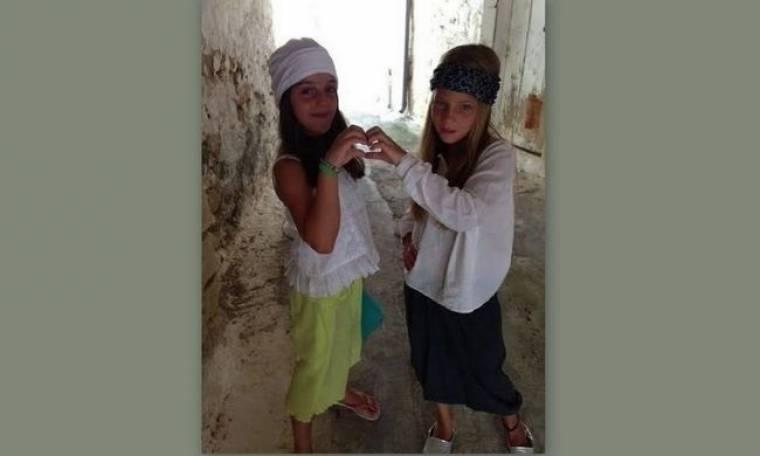 Φωτό: Ποιες επώνυμες Ελληνίδες μάνες έχουν αυτά τα κουκλάκια; (Nassos blog)