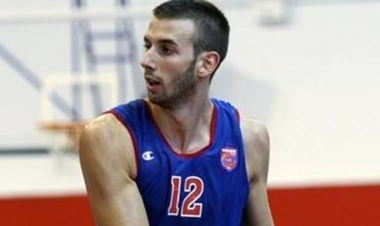 Βλαδίμηρος Γιάνκοβιτς: «Έµεινα µόνος στα 16. Έπαθα σοκ»