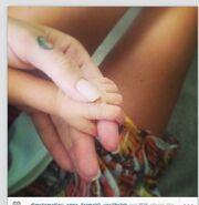 Αγγελική Ηλιάδη: Δείτε την τρυφερή φωτογραφία με το νεογέννητο που πόσταρε στο Instgram