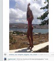 Η Όλγα Φαρμάκη φορά το μαγιό της και αναστατώνει τους φίλους της στο Instagram