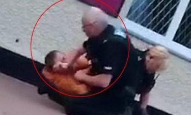 Βίαιος αστυνομικός χτυπά άντρα με μανία! (pics+video)