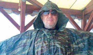 Στάθης Παναγιωτόπουλος: Καλοκαιρινές διακοπές με αδιάβροχο