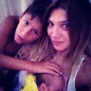 Αγγελική Ηλιάδη: Selfie με τους γιους της!