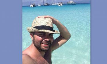 Ηλίας Βρεττός: Όχι δεν είναι στις Μαλδίβες αλλά…