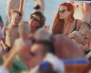 Χρηστίδου- Μαραντίνης: Διακοπές στην Χαλκιδική με τα παιδιά τους