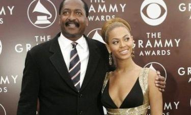 Πόσο έξαλλη θα γίνει η Beyonce αν μάθει τι κάνει ο πατέρας της για να βγάλει χρήματα;