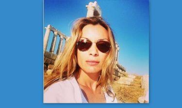 Η Πασχαλίδου συνεχίζει τις διακοπές στην Ελλάδα