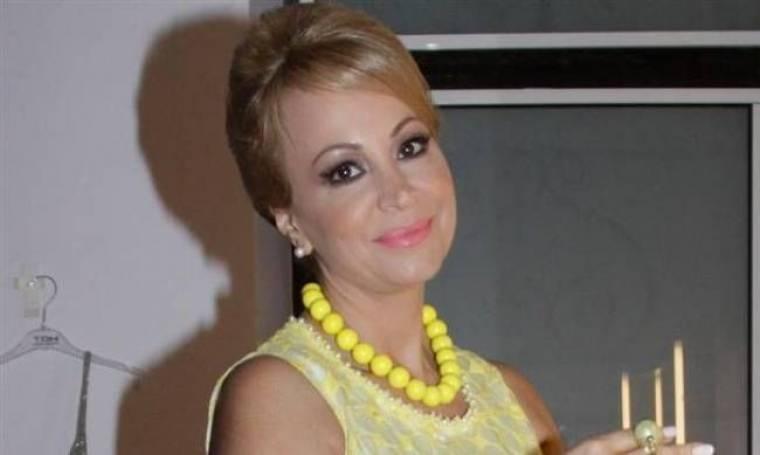 Τέτα Καμπουρέλη: Δε θα πιστεύετε ποιος τραγουδιστής ήταν σφόδρα ερωτευμένος μαζί της