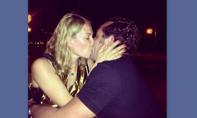 Το καυτό φιλί της Καγιά στον Κρασσά και η ερωτική αφιέρωση