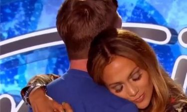 H J.Lo. έπεσε στην αγκαλιά του…