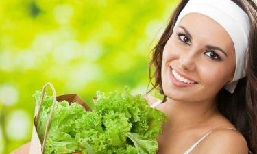 6 λαχανικά που θα σας κάνουν να δείχνετε πιο όμορφες