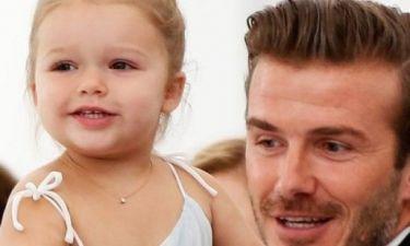Η Harper Beckham δεν είναι πια το χαριτωμένο στρουμπουλό μωρό που ξέραμε