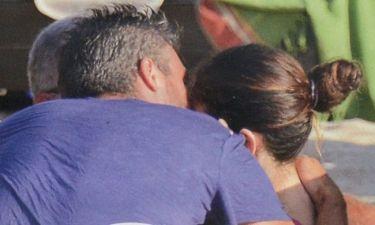 Μύκονος report: Φιλιά για τους νεόνυμφους!