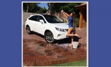 Άντρες! Έτσι καθαρίζουν το αυτοκίνητο!