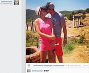 Τι έρωτας κι αυτός! «Καυτά» φιλιά στο instagram!