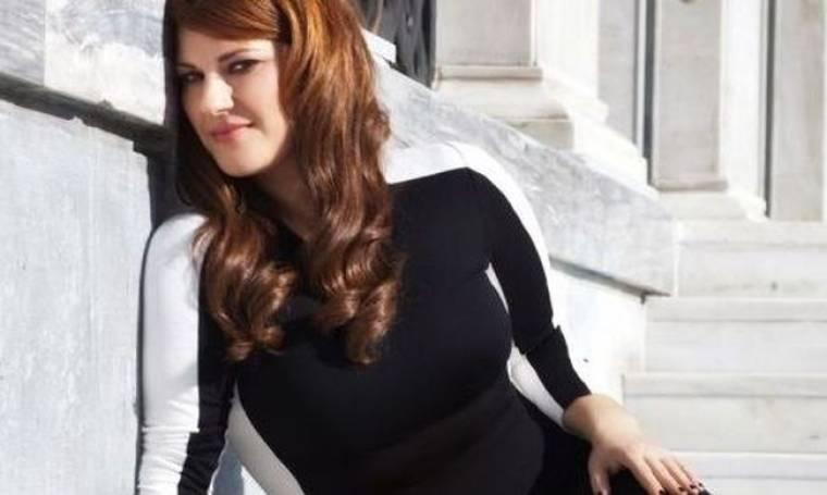 Κατερίνα Ζαρίφη: Με ένα τραγούδι περνά τις δύσκολες στιγμές της!